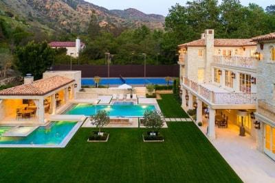 Lộng lẫy xa xỉ với Nội thất Biệt thự 7 triệu USD mà Hoàng tử Harry và vợ nhắm mua